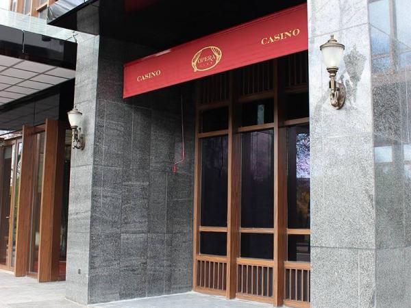 """Локтевые маркизы в Казино-клуб """"Пекин"""""""