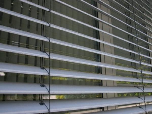 rafshtory-exterior-shutters-facade-blinds-12