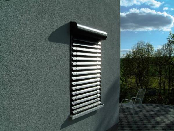 rafshtory-exterior-shutters-facade-blinds-5