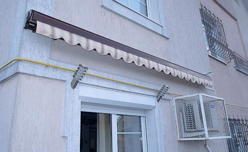 elbow-awnings-closed-type-3